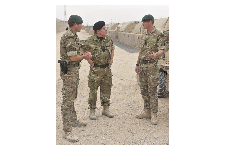 Lieutenant Colonel Matt Jackson chats with Admiral Sir Mark Stanhope