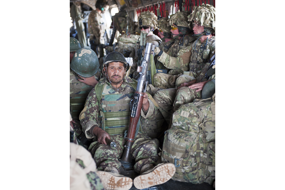 Soldiers from 3/215 Brigade of the Afghan National Army and 1 SCOTS