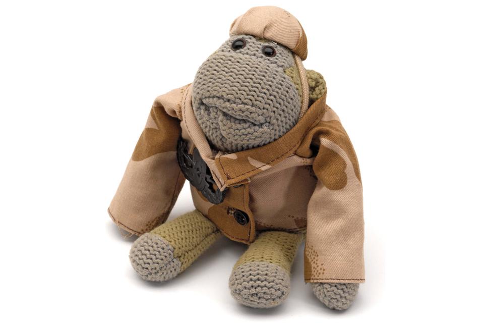 Combat monkey