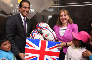 DHM Tina Hamilton and Minister of Sport José Francisco Cevallos