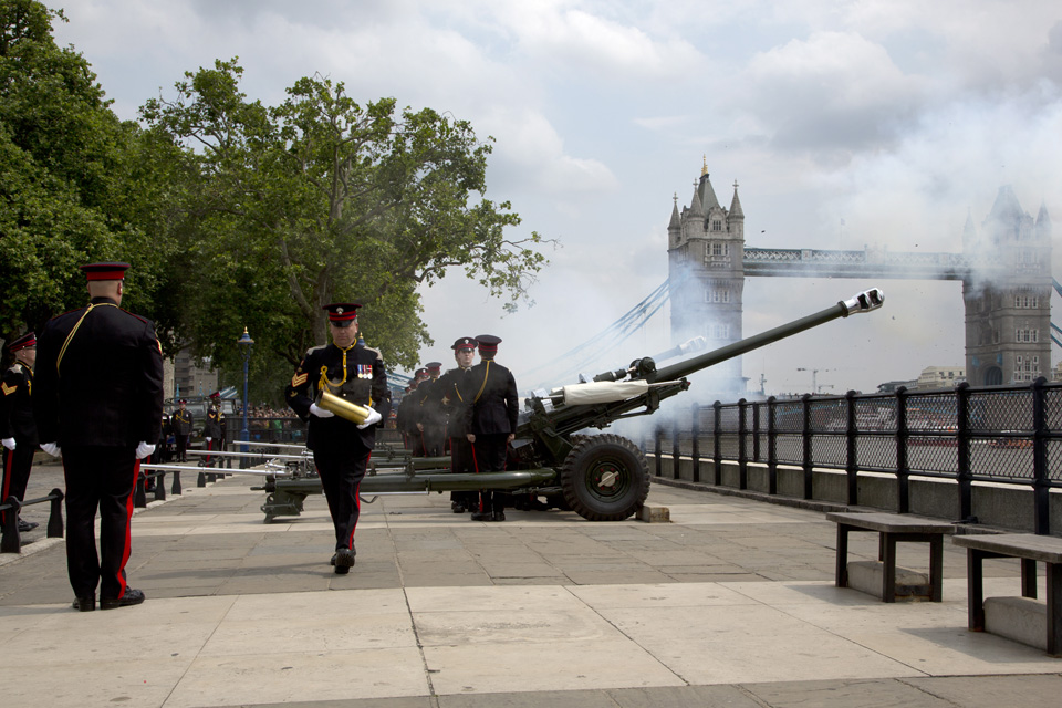 Soldiers from the Honourable Artillery Company fire a 62-gun salute