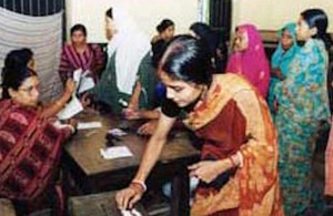 Voting women - Bangladesh