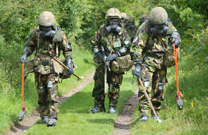 Service personnel using the new Argon training simulation equipment