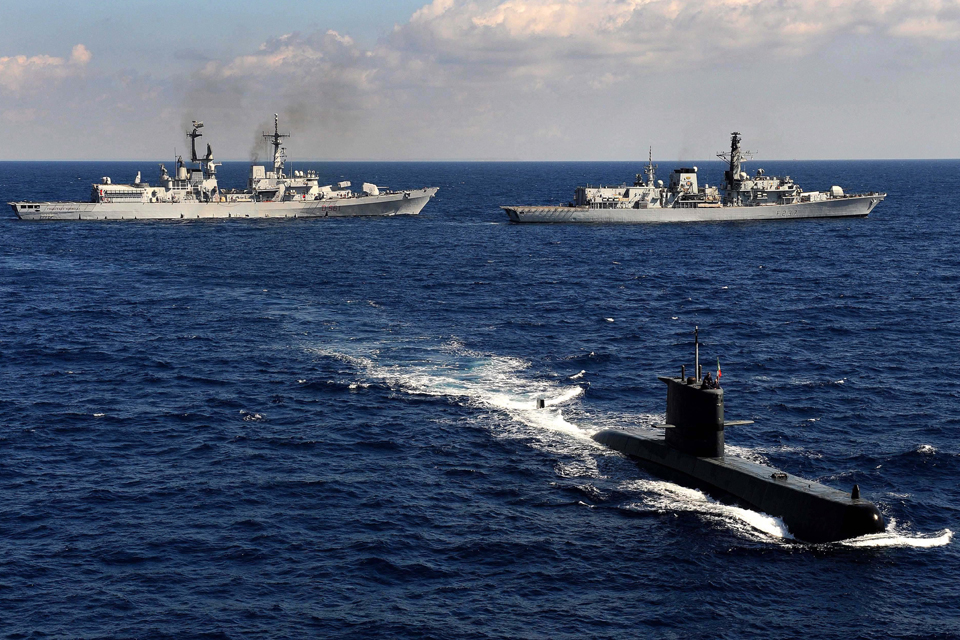 Italian ship Francesco Mimbelli, HMS Westminster and Italian submarine Salvatore Pelosi