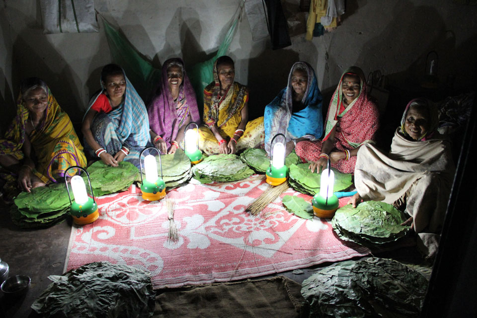 Picture of women in India during a self-help group on solar lanterns