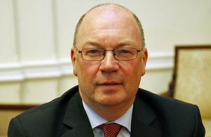 סגן שר החוץ הבריטי לענייני המזרח התיכון, אליסטייר ברט