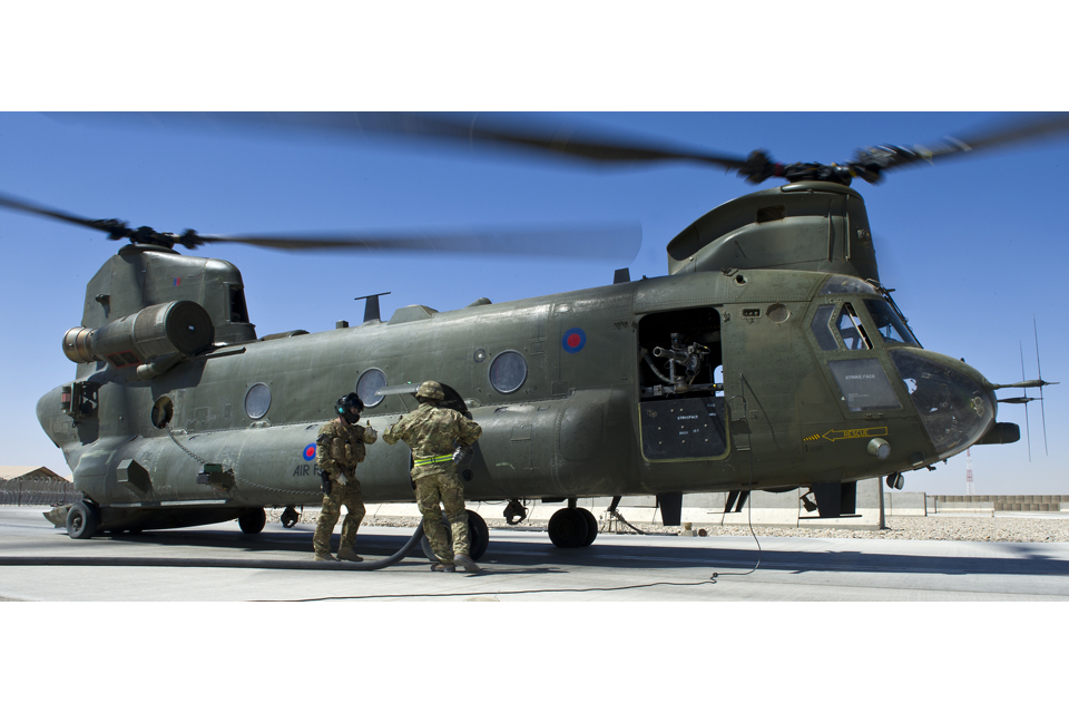 Thumbs up after a successful Chinook helicopter refuel