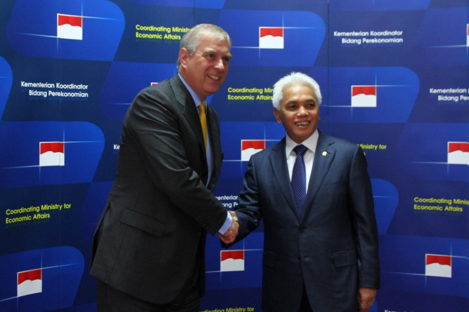 HRH Prince Andrew with Minister for Economic Affairs Hatta Rajasa