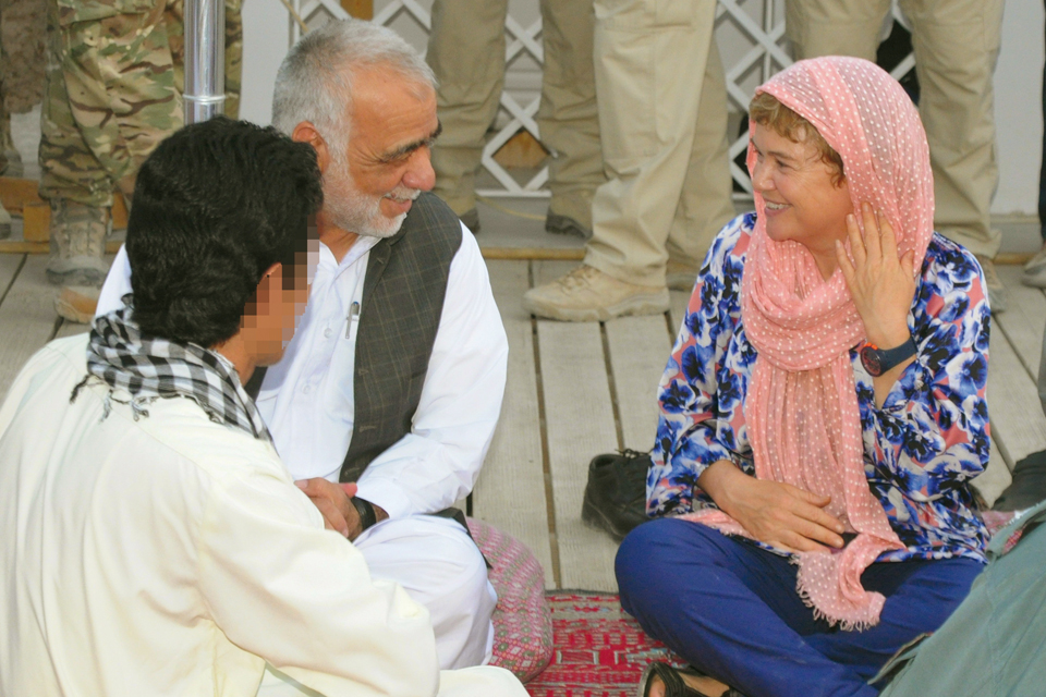 Catriona Laing chats with Helmand's provincial governor, Naeem Baluch
