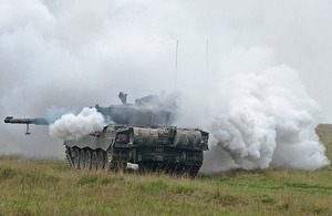 2314d4083af2 A Challenger 2 deploys smoke to cover movement  Picture  Richard Watt