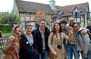 Roberto Ferrer y amigos en Stratford-upon-Avon