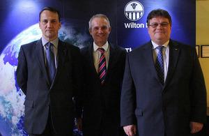 """Konferencijos """"Rytų partnerystė: žingsniai į priekį"""" dalyviai"""