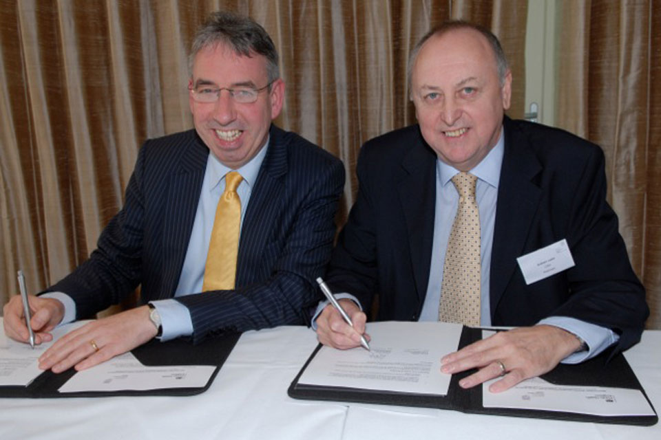Duncan Selbie (Chief Executive of PHE) and Graham Jukes (Chief Executive of the CIEH )