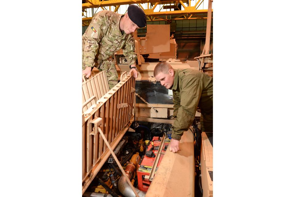 Instructor Staff Sergeant Neil Averyard and Craftsman Mark Robinson