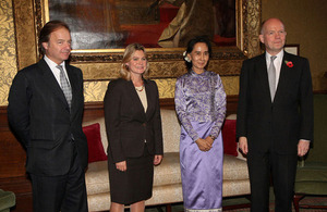 Foreign Secretary William Hague, Foreign Office Minister Hugo Swire and International Development Secretary Justine Greening with Daw Aung San Suu Kyi