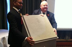 Presentation of the winning paving stone design