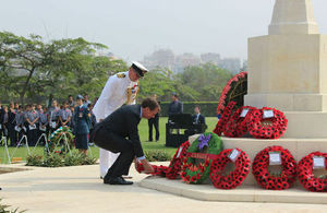 HMA James Watt laying the wreath