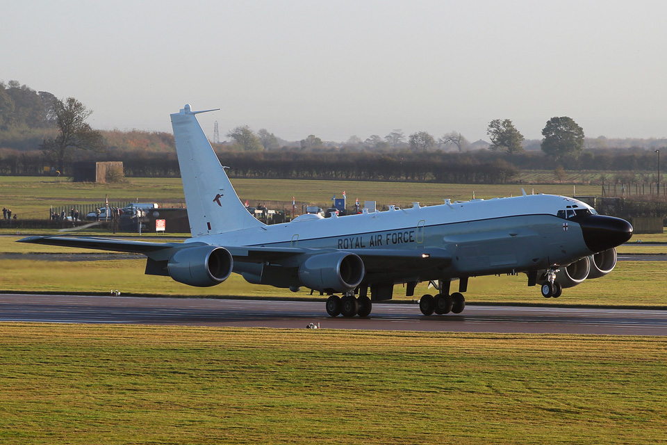 Boeing RC-135 Rivet Joint aircraft arrives at RAF Waddington
