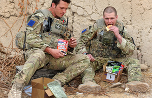 Soldiers with ration packs