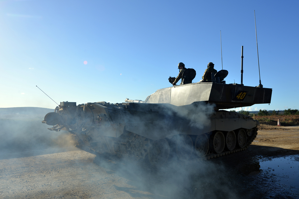 Army reservists take aim with a Challenger 2 main battle tank