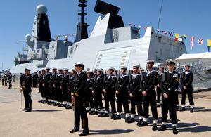 HMS Dauntless and crew