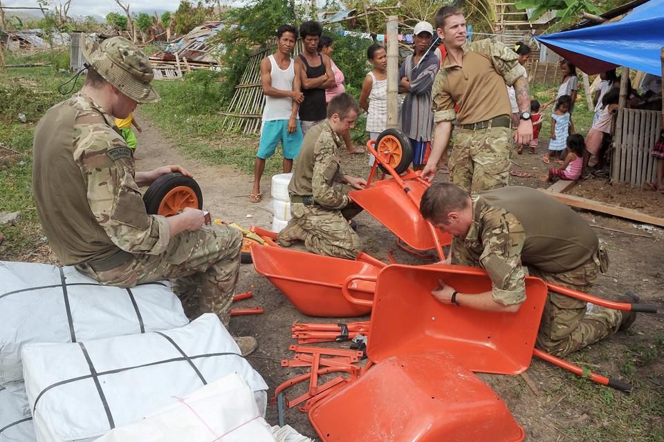 Putting together wheelbarrows