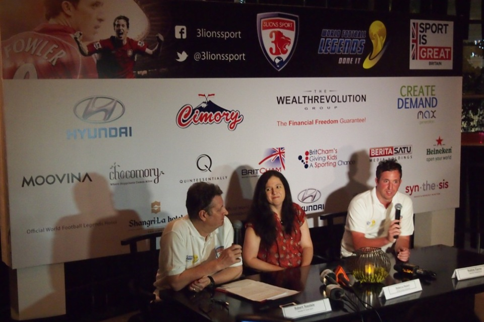 Press conference with Rebecca Razavi, Robbie Fowler, and PT 3 Lion Sports