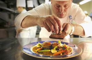 British Chef Derek Quelch (Photo credit: Dusit Thani Hotel Manila)
