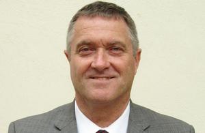 Dr Alastair McPhail