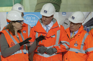 David Cameron visits Crossrail