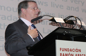 Anthony Cheetham, vice-presidente de la Royal Society