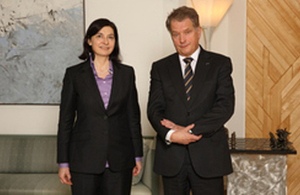 HM Ambassador Sarah Price and President of the Republic of Finland Sauli Niinistö