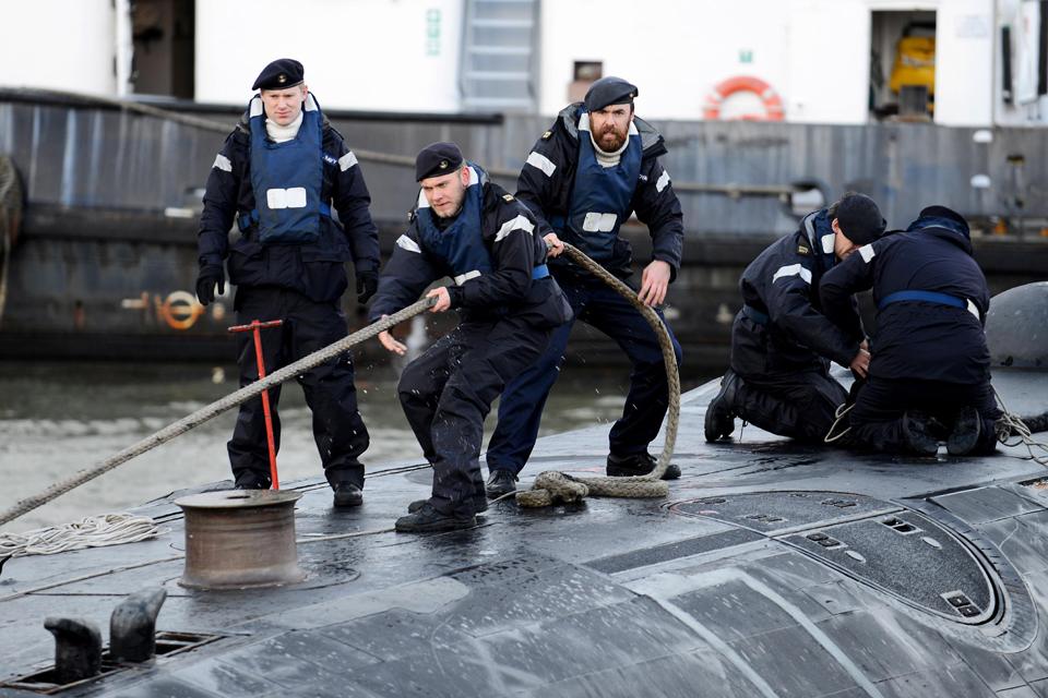 HMS Talent tying up alongside