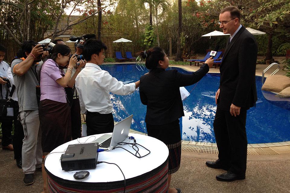 Ambassador with journalists