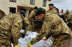 Royal Marines help to build flood defences in Oxfordshire [Picture: Crown copyright]