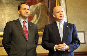 Foreign Secretary William Hague and Polish Foreign Minister Radek Sikorski