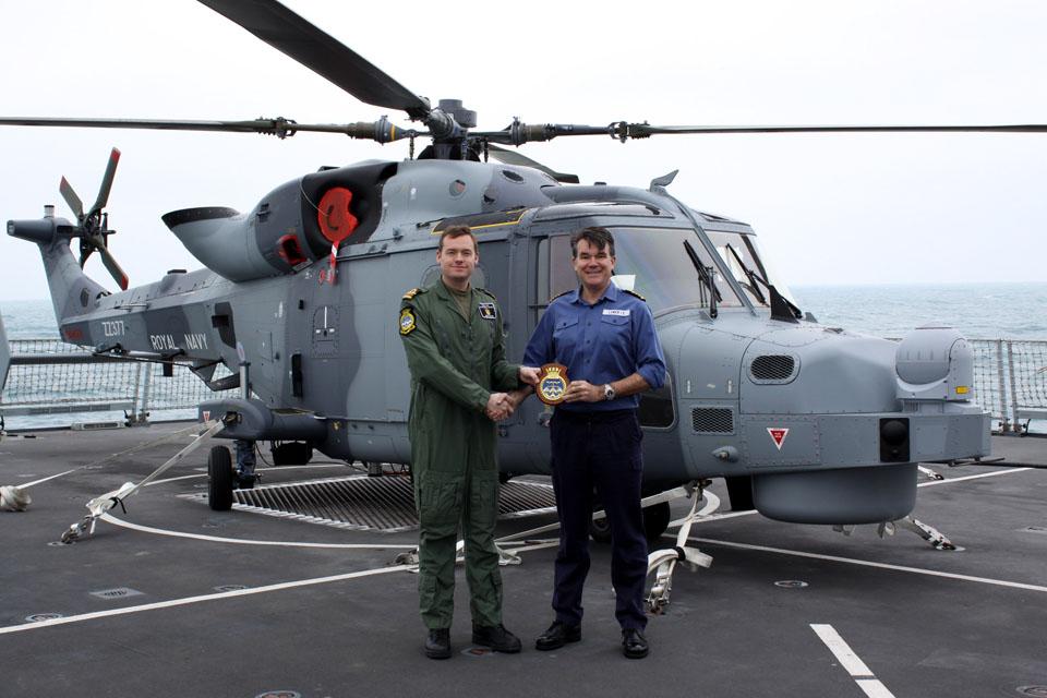 700W Naval Air Squadron crest presentation