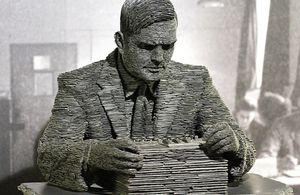 Alan Turing statue by Stephen Kettle. Photo by Duane Wessels (CC-BY-NC-SA-2.0)