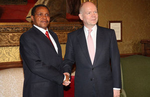 Foreign Secretary William meeting President Kikwete of Tanzania in London, 31 March 2014.