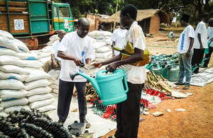 FAO staff distribute seeds and tools in Bossangoa, March 2014. Picture: FAO