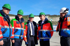 Stephen Hammond with port officials