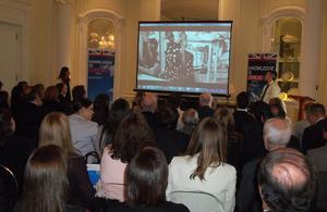 Presentación Central Saint Martins en la Residencia Británica