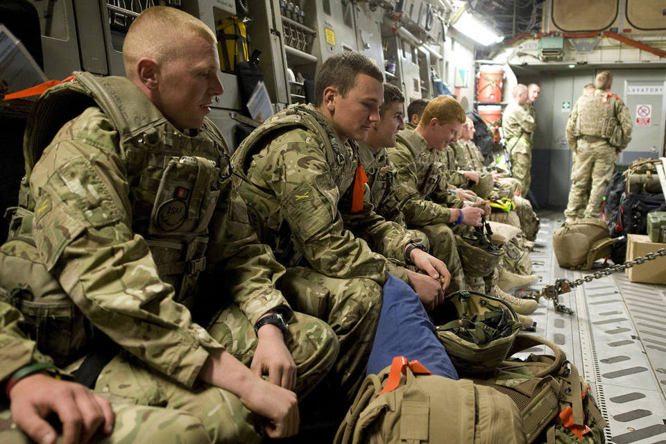 Kingsmen from 1st Battalion The Duke of Lancaster's Regiment on board an RAF C-17 Globemaster