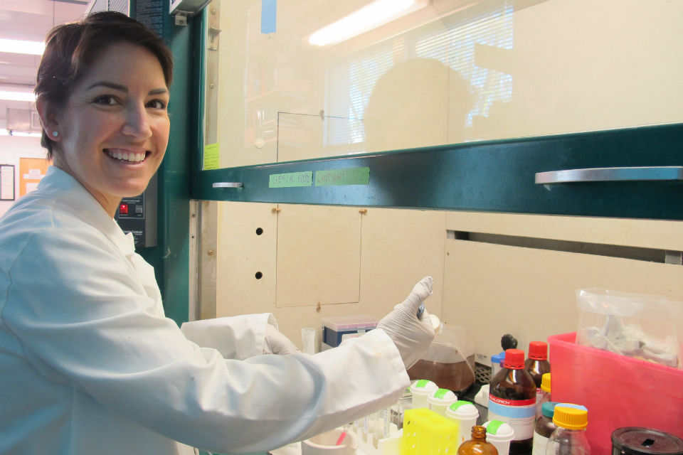 Dr. Gretchen Goodbody-Gringley in the lab