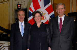 British Honorary Consul in Valparaíso, Mr. Iain Hardy; Ambassador Fiona Clouder and Mr. Jeremy Richards.