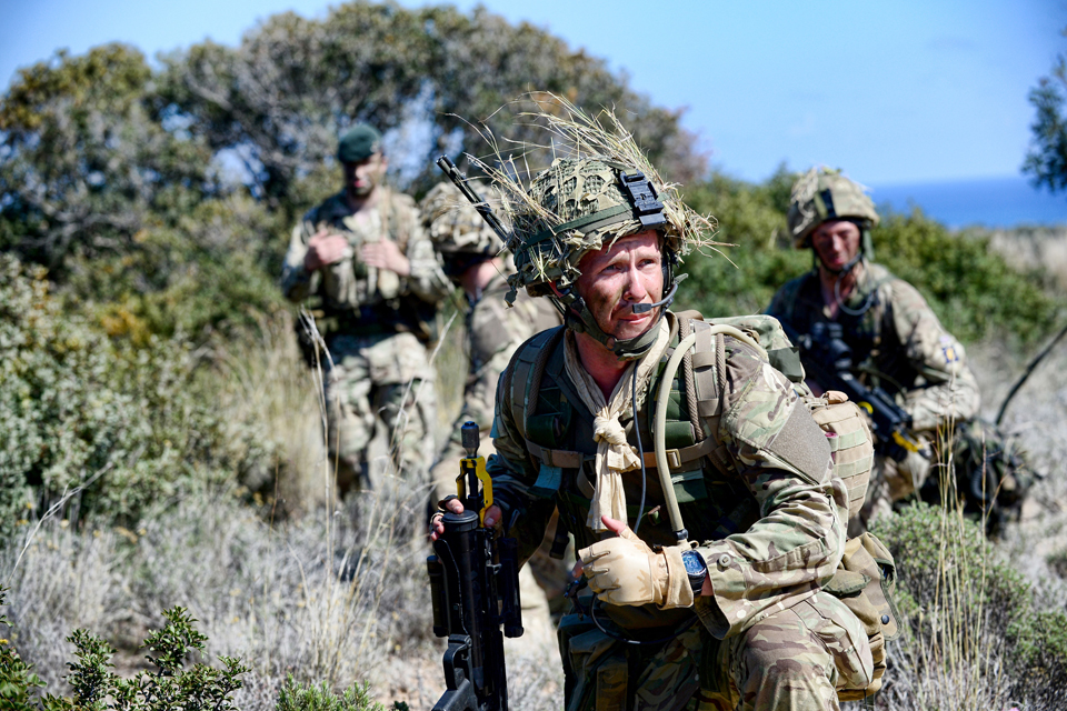 Soldiers from 6th Battalion The Rifles on patrol
