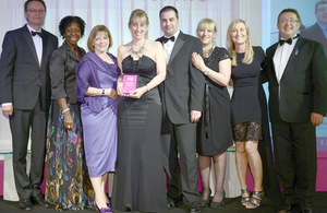 Diane Palmer receiving the mental health award at the Nursing Standard Nurse Awards ceremony [Picture: Crown copyright]