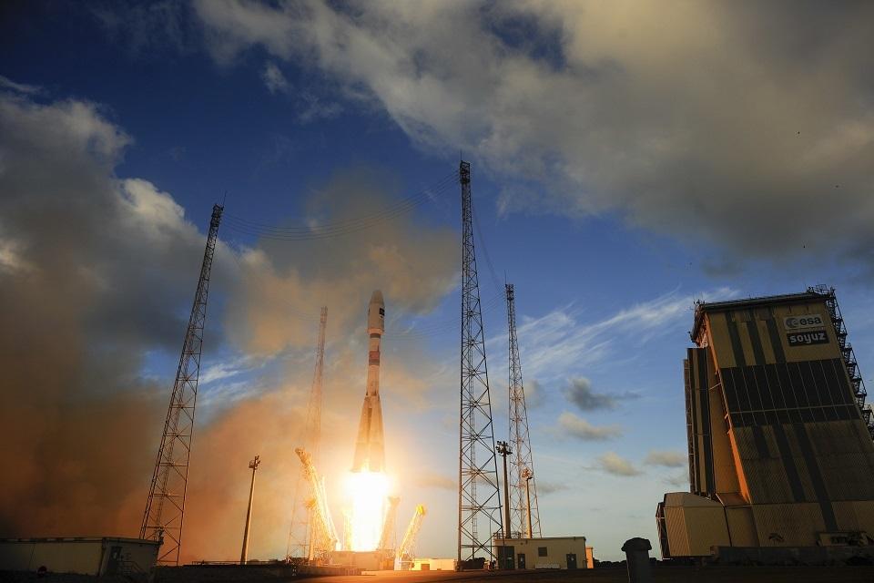 Sentinel-1A lift off. Credit: ESA–S. Corvaja, 2014