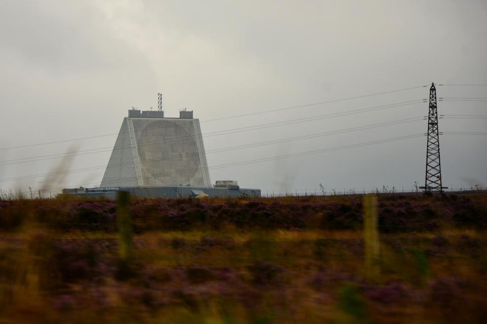 Upgraded early warning radar at RAF Fylingdales (library image)