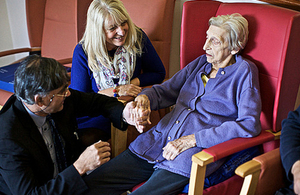 Specialist palliative care services